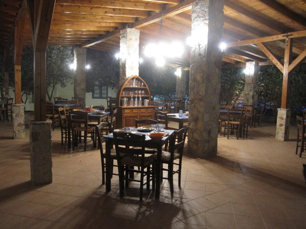 Hotel con ristorante isola di Tilos in Grecia